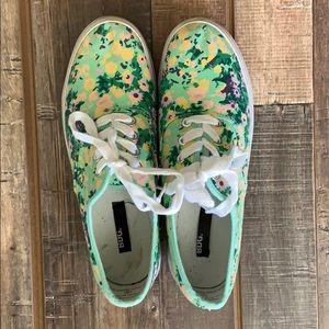 //BDG// Floral Platform Shoes